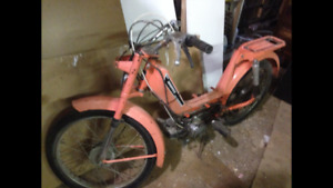 1976? hercules moppet moped for parts/fix-up