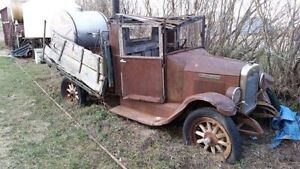 WANTED - antique truck tires - 600x20 (30x5) or 700x20 (32x6)
