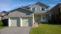 HUGE 4-bdrm + 2.5bath Home in Pickering for Rent - Great $$$