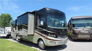 2016 Forest River GEORGETOWN 378 - Beautiful Opposing slide Unit