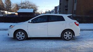 2012 Toyota Matrix S , Auto ,102K,SunRoof,White