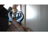 1 pair of phonak hearing aids