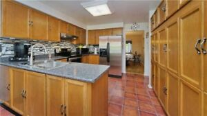 **Detached house for sale in Brampton **