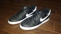 Nike Son of Force Size 10 Sneakers EXCELLENT CONDITION