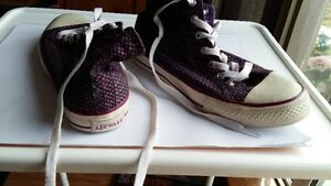 Air walk genesis running shoes Size 10