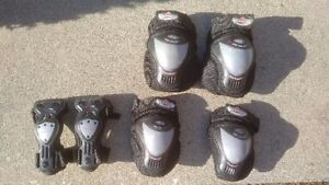Roller blade protective equipment - multiple sets available
