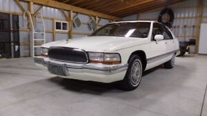 1993 Buick Roadmaster LTD - Extremely clean - Original