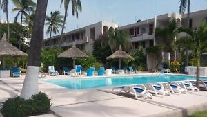 Gorgeous Condo in a Tropical Community on Playa Cerritos