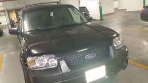 Selling used good condition 2005 Ford Escape XLT SUV, Crossover