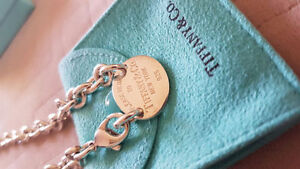 TIFFANY & CO Silver Return to Tiffany Oval Tag Choker