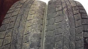2 pneus d'hiver de 16 pouces pour 25$ l'ensemble