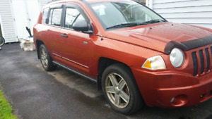 2008 Jeep Compass 4X4 - incredible interior - good glass & insp.
