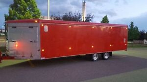 ROYAL CARGO 27 FOOT ENCLOSED SLED TRAILER - EXCELLENT SHAPE!