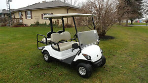 YAMAHA 'DRIVE' GAS GOLF CART W/REAR FLIP SEAT & LIGHTS