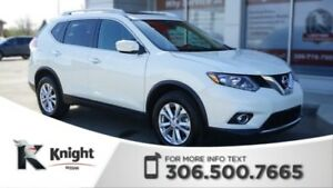 2015 Nissan Rogue SV AWD! Low KMs! Back Up Camera! Heated Seats!