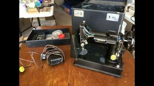 Vintage 1940's Singer feather weight Sewing Machine & table