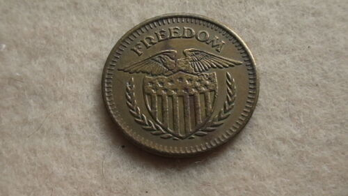 """Bronze/Copper Freedom TOKEN """"No Cash Value"""" with Eagle and Shield"""