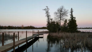 Private Waterfront cottage 3 bedrooms great fishing very clean