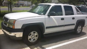 2004 chevy avalanch great condition