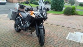 KTM 1050 ADV. 2016 with full Metal Luggage
