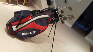 Set of 12 GOLF clubs + NEW Top flite bag