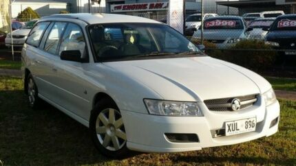 2005 Holden Commodore VZ Executive White 4 Speed Automatic Wagon Salisbury Plain Salisbury Area Preview