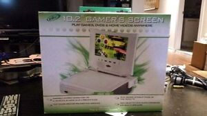 Intec 10.2 Inch Portable Xbox 360 Gamers Screen New In Box