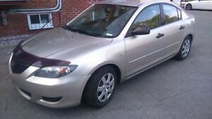 Mazda 3 2004 bas millage $2000 Ou Echange Contre Automatique