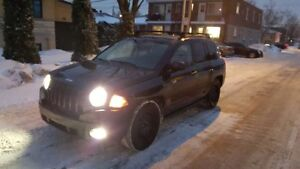 Jeep Compass 2008 Low KM NEW BRAKES NEW BATTERY