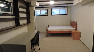 2(basement) bedroom are available in good maintained detach hous Kitchener / Waterloo Kitchener Area image 3