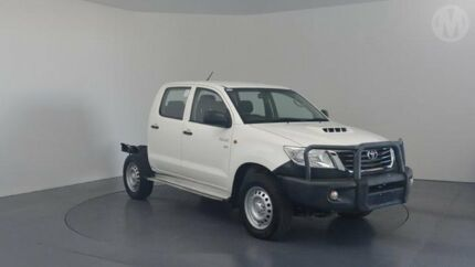 2015 Toyota Hilux KUN26R MY14 SR (4x4) Glacier White 5 Speed Automatic Double Cab Chassis Perth Airport Belmont Area Preview