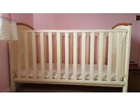 Henley Babies r Us Cream cot bed. In very good condition. No mattress. Bedding included.