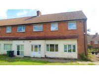 2 bedroom flat in Quaint 2 Bedroom Ground Floor Flat on Surrey Road in Dudley, DY1 0UQ