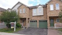 Charming Freehold Townhouse Located At Churchill Meadows Area