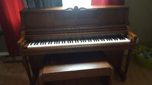 Upright Knight Piano