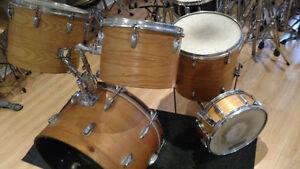 Batteries et pièces de drums à prix de débarras  ....
