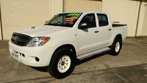 2007 Toyota Hilux KUN26R MY07 SR White 5 Speed Manual 4D Utility Fairy Meadow Wollongong Area Preview