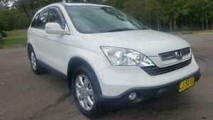 2007 Honda CR-V MY07 (4x4) Luxury White 5 Speed Automatic Wagon Tuggerah Wyong Area Preview