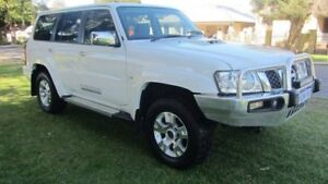 2014 Nissan Patrol Y61 GU 9 ST White 5 Speed Manual Wagon Welshpool Canning Area Preview
