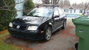 2002 Volkswagen Jetta contre civic