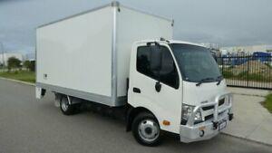 2014 Hino 300 XZU710R-HKTMSQ3 616 White Pantech 4009ccl 4x2
