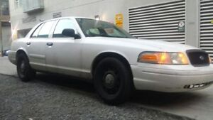 2008 Ford Crown Victoria Berline police pack