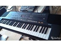 For sale Roland E-36 and Yamaha sy85 booth very nice condition come vith all manual and memory cars