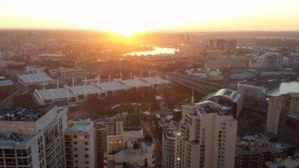 WORLD TOWER - SYD CBD - OWN BEDROOM FOR 1 - DARLING HARBOUR VIEWS