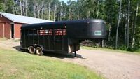 Horse Trailer - Livestock Fifth Wheel