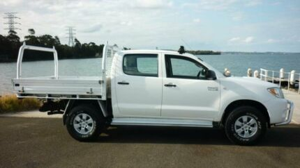 2008 Toyota Hilux KUN26R 08 Upgrade SR (4x4) White 5 Speed Manual Dual Cab Chassis Dapto Wollongong Area Preview