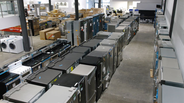 Mega centre liquidation lectrom nagers robinetterie for Centre liquidation meuble montreal