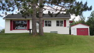 WELL MAINTAINED 2 BEDROOM HOUSE ....PRICED TO SELL