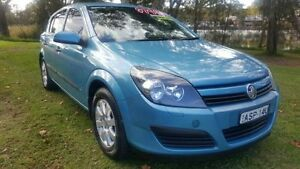 2005 Holden Astra AH CD Blue 4 Speed Automatic Hatchback Tuggerah Wyong Area Preview