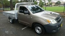 2006 Toyota Hilux KUN16R SR Gold 5 Speed Manual Cab Chassis Granville Parramatta Area Preview